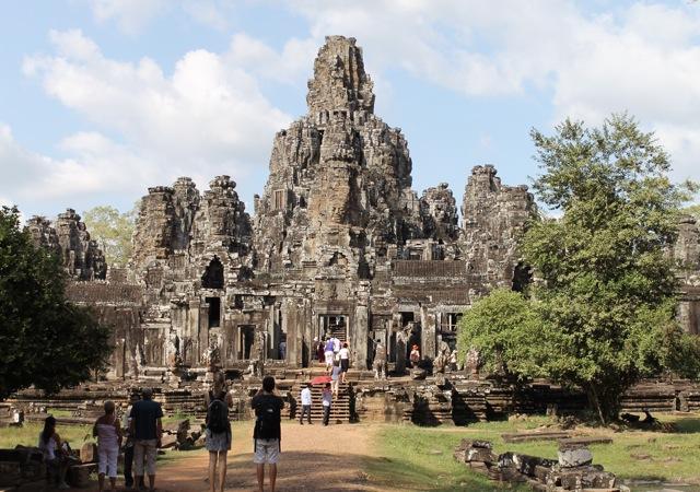 Bayon Angkor Cambodia Chuzai Living