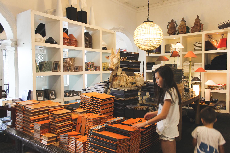 Paradise road colombo sri lanka chuzai living for Colombo design shop online